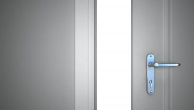 Как ставить двери