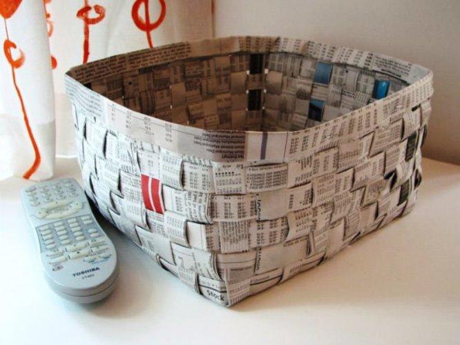 Плетеные корзинки из бумаги отлично смотрятся, особенно раскрашенные