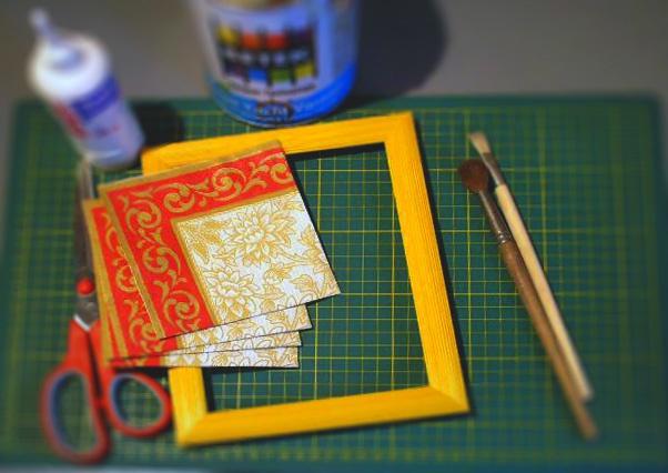 Сделайте рамку для вышивки самостоятельно или закажите ее  в мастерской