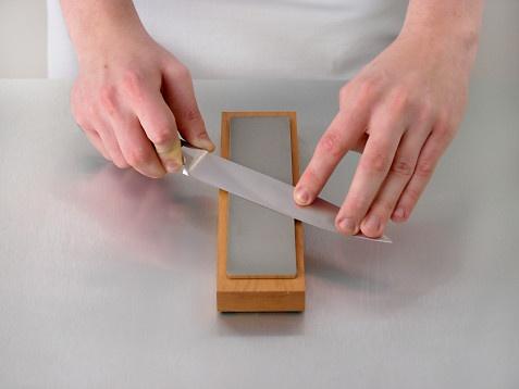После правильной заточки нож долго не будет тупиться