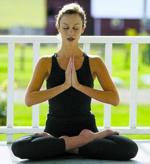 Йога может стать вашим лучшим помощником в овладении собой и своими эмоциями
