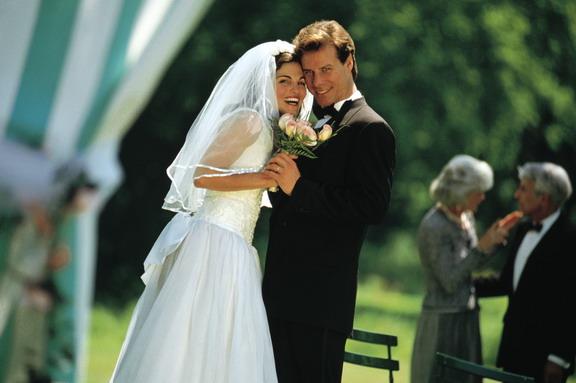 Как сыграть свадьбу