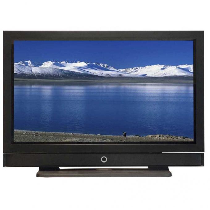 Изначально определитесь, нужен ли вам плазменный телевизор или больше подойдет панель