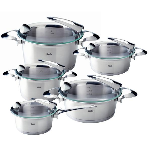 От материала, из которого изготовлена кастрюля, зависит процесс готовки и качество приготовляемой пищи.
