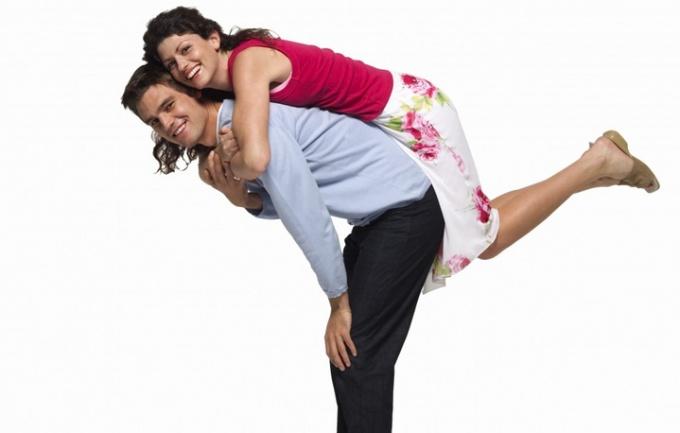 Если вы хотите гармонии во взаимоотношениях, нужно принимать своего партнера таким, какой он есть на самом деле