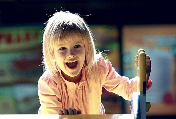 Приглядитесь к детям - должно быть, они самые радостные существа на свете.