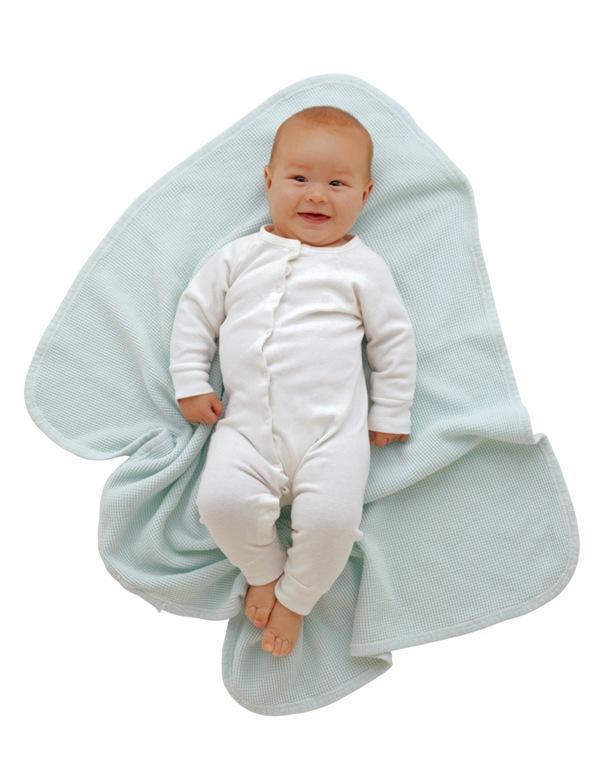 Если вы хотите, чтобы у вашего малыша был оригинальный костюмчик,  попробуйте создать его собственными руками