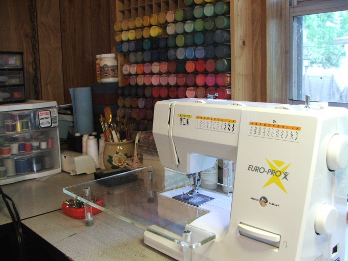 """Sewing Studio - services for those who would like to always dressed """"to the nines"""""""