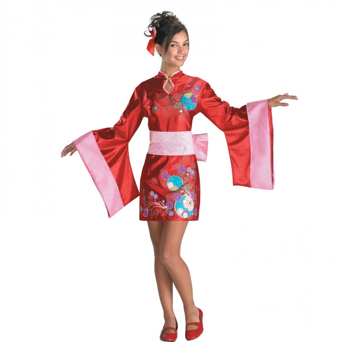 Kimono, hand made, will be the beginning of the initiation to the land of the rising sun