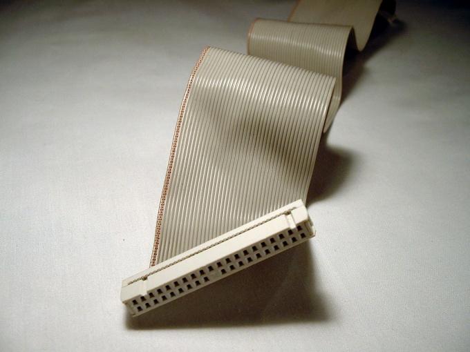 Порой случается так, что компьютер по неизвестной причине перестает правильно определять жесткие диск