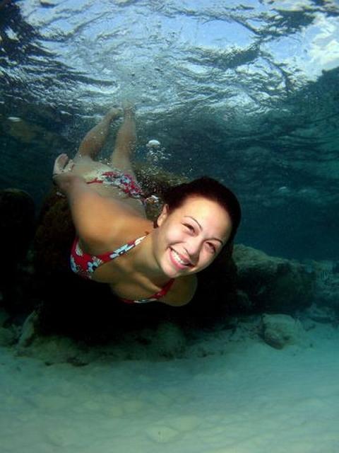 Умея задерживать дыхание, вы сможете подолгу бывать под водой