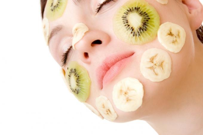 Использование масок существенно улучшает цвет лица