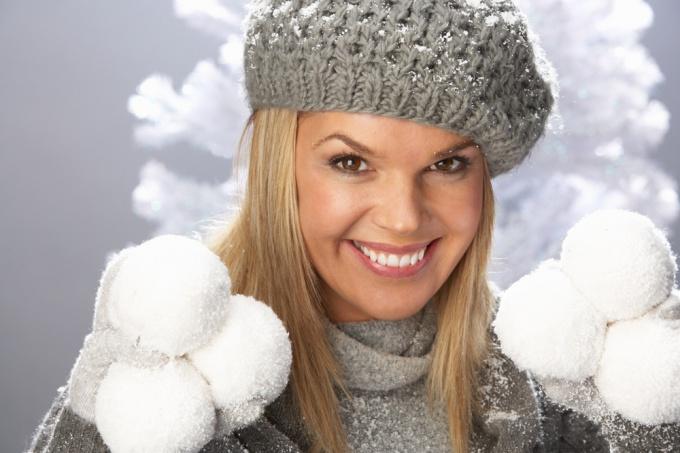 Как сделать снег