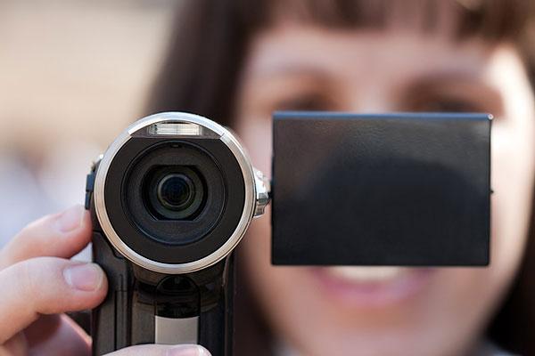 Сравните камеру с обычным человеческим взглядом