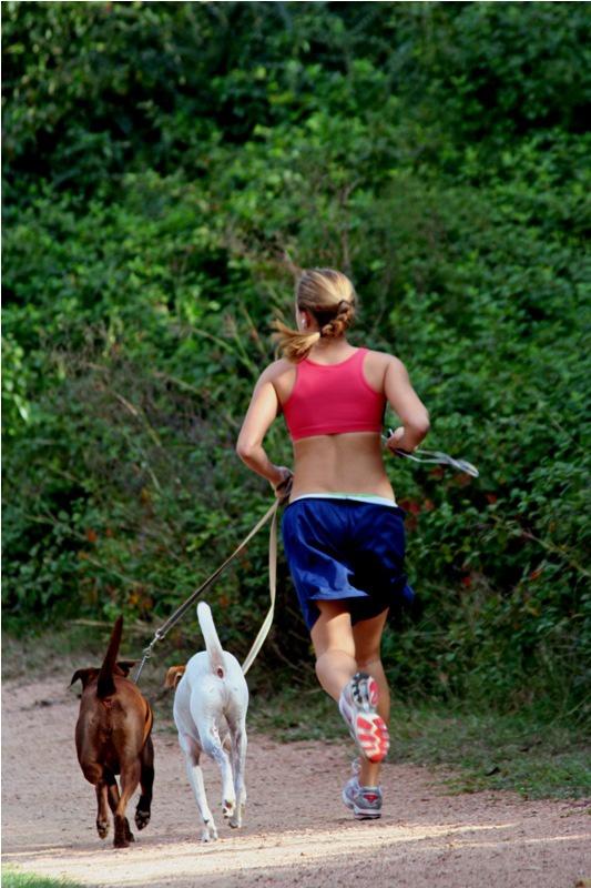 Совершая пробежку на свежем воздухе, вы способствуете закаливанию организма