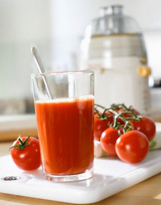 Свежевыжатый сок нужно пить сразу