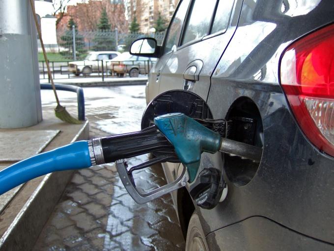 Все чаще приходится задумываться, как можно ездить на своем автомобиле с максимальной экономией горючего