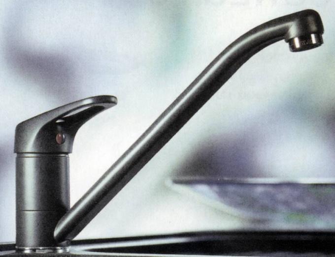 Если у вас поломался водопроводный кран, отремонтировать его вы сможете сами