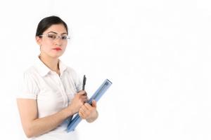 Табель учета рабочего времени должен отражать количество часов, которое отработал каждый сотрудник