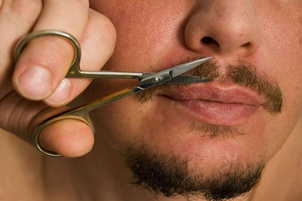 Как сделать редкие усы