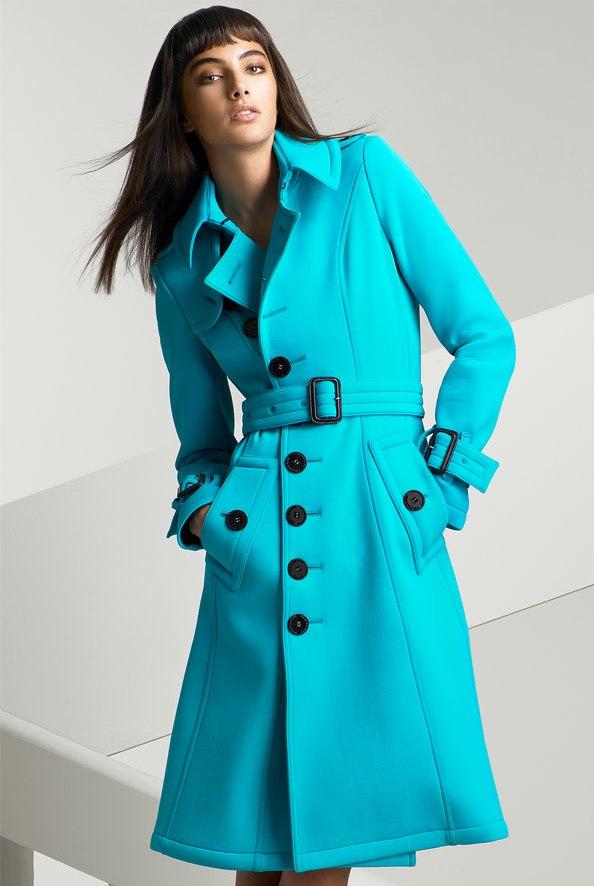 Правильный уход за пальто обеспечит не только его первоклассный вид, но и долгую службу