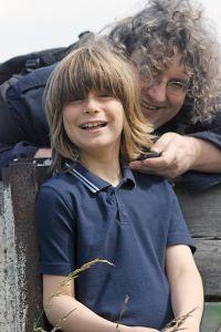 Иногда в поисках отца могут помочь старые семейные фотографии