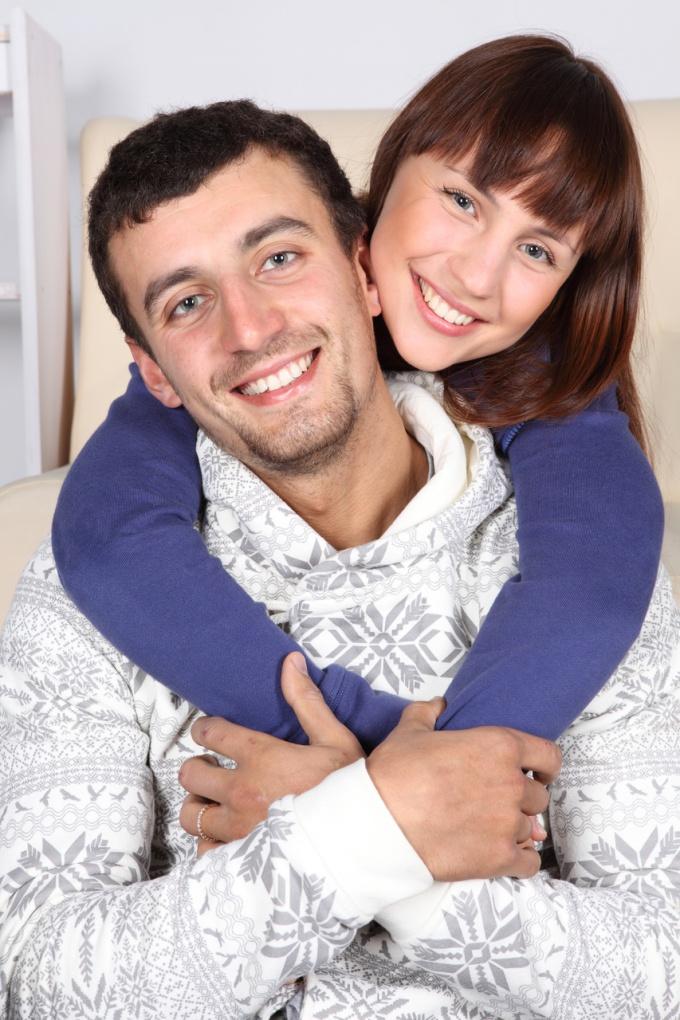 муж с женой пригласили проститутку