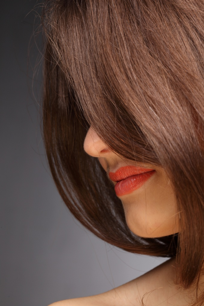 Dark hair can be painted in any desired color
