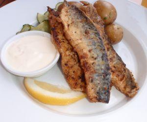 Минтай - самая полезная из всех рыб, которую рекомендуется давать детям.