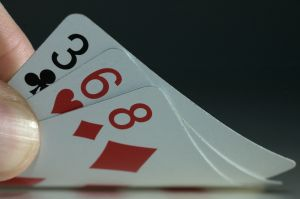 Как играть в карточную игру