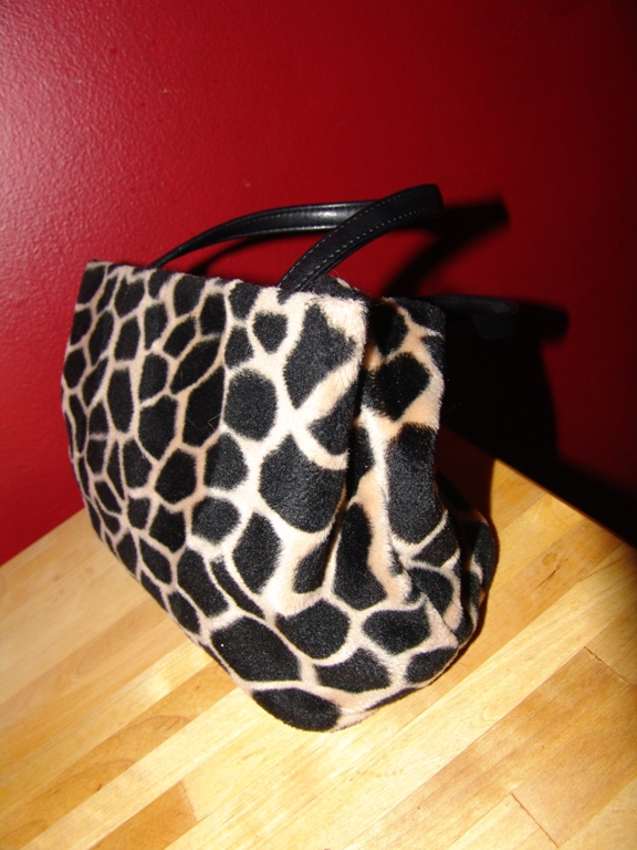 The original bag is easy to sew with your own hands!