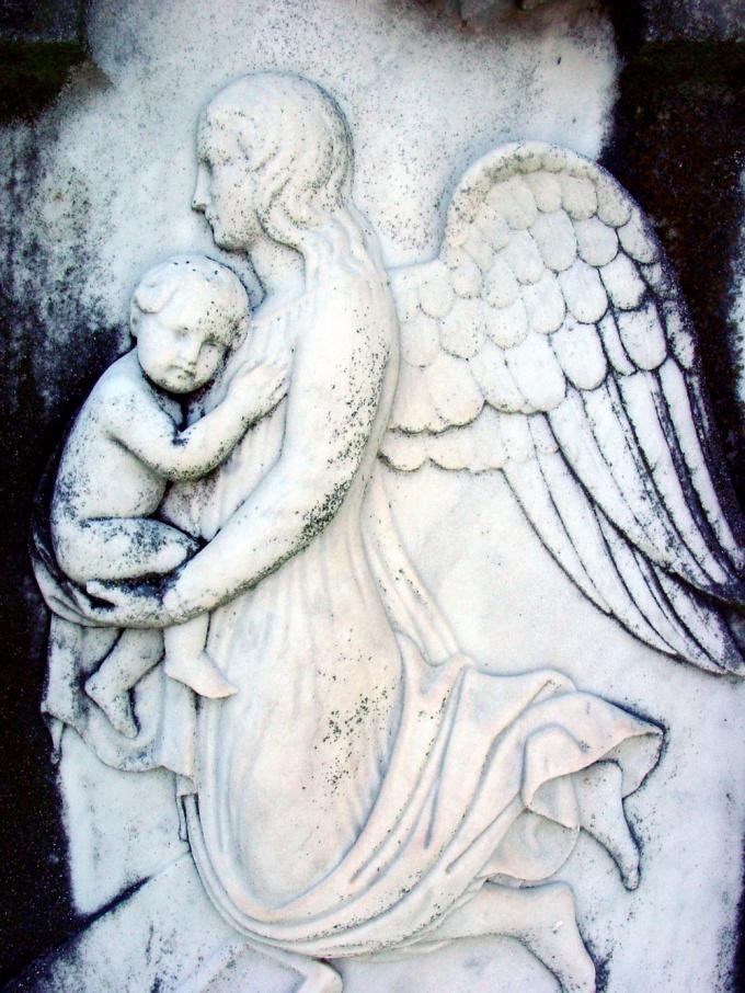Ангел-хранитель неизменно рядом с вами