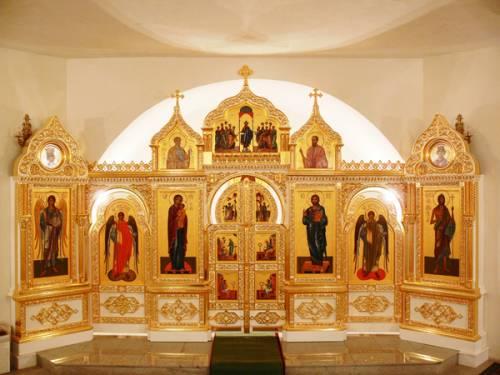 Домашний иконостас - святое место для вашей молитвы