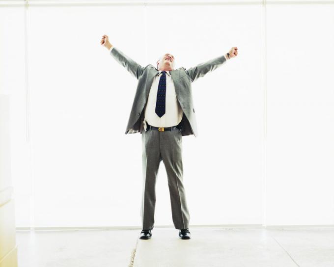 Триумф при достижении цели не сравниться ни с какими трудностями на пути.