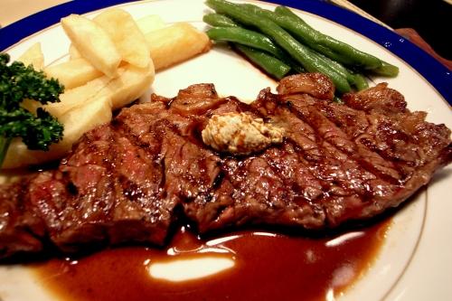 Необычайно аппетитная и сочная говядина.