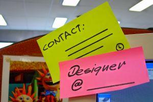 зачастую контакты дизайнера стоят под его работой, опубликованной в газете или журнале