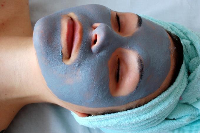 Как наложить маску