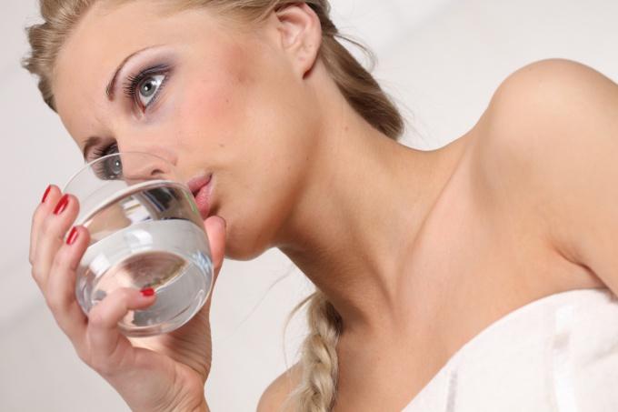 Как пить уксус, чтобы похудеть