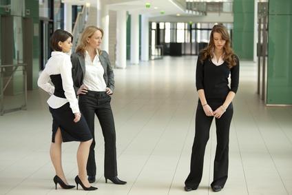 Не всегда с коллегами сразу устанавливаются хорошие отношения.