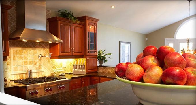 При ремонте кухни постарайтесь избавиться от всего старого