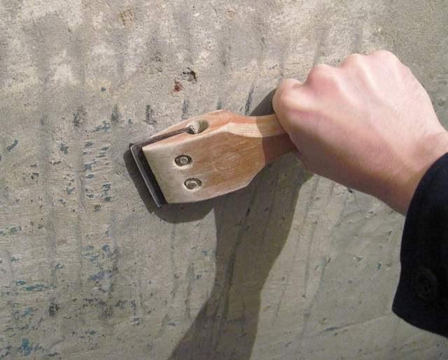 Как очистить краску от стены