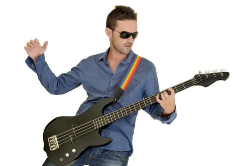 Как научиться бою на гитаре