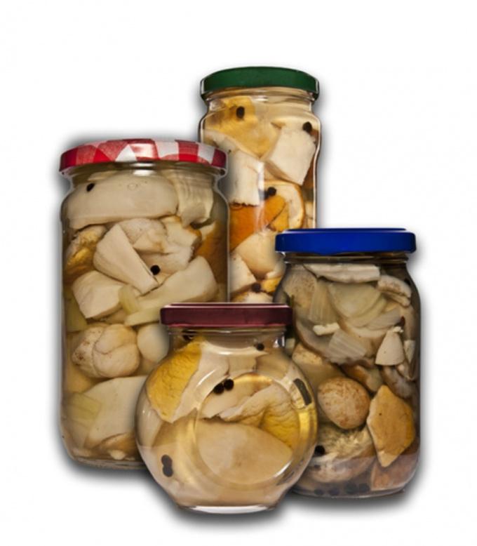 Как готовить салат грибной с <b>кальмарами</b>