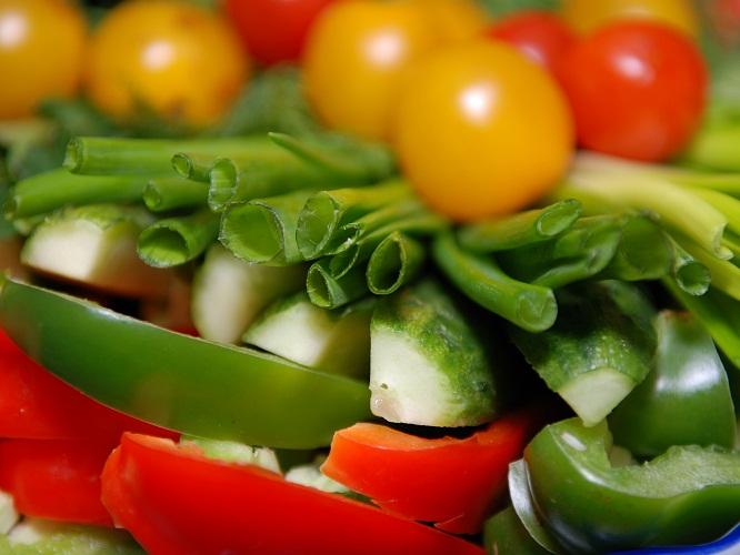 Как нарезать овощи