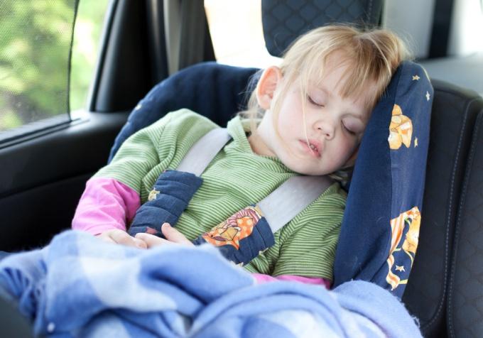 Как крепить детское автокресло