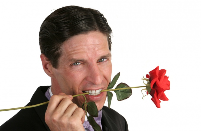 Как понять, влюблен мужчина или просто приятно проводит время?
