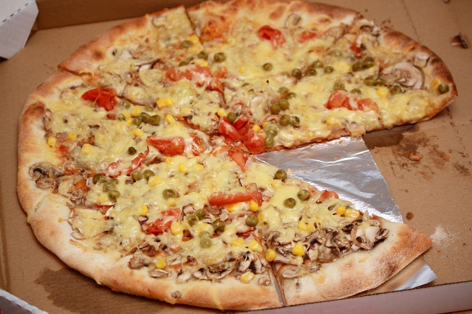 Pizza is a great way to eat quickly and cheaply
