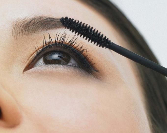 Попробуйте сделать арабский макияж