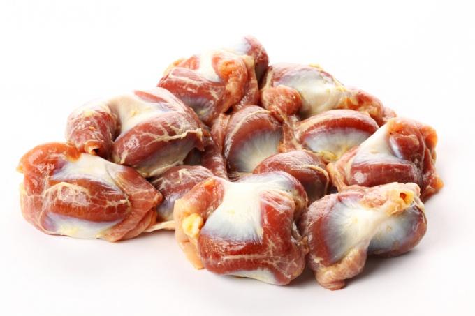 Как приготовить куриные желудочки