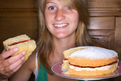 Бисквитное тесто получатся пористым и воздушным